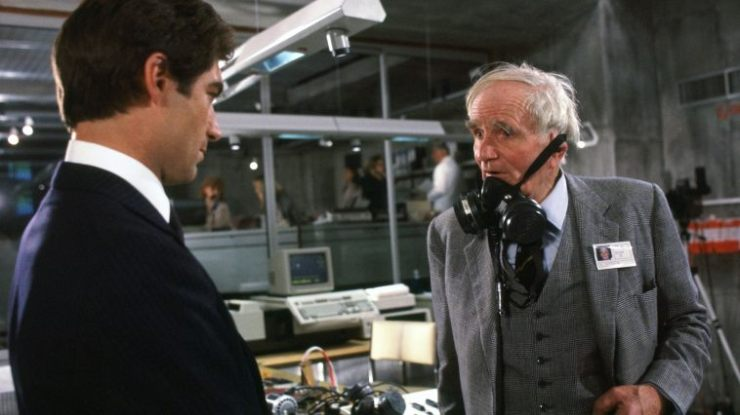 the_living_daylights_stills_181636_758_426_81_s_c1